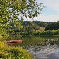 Горное озеро. :: Наталья Юрова
