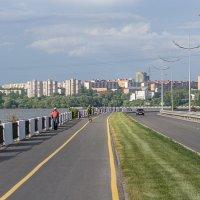 Набережная города Ижевска :: Леонид Никитин
