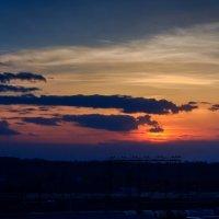 Закат над станцией :: Денис Соломахин