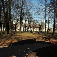 Апрельские прогулки в Царицыно :: Владимир Прокофьев