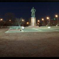 Суворовская площадь :: Дмитрий Вдовин