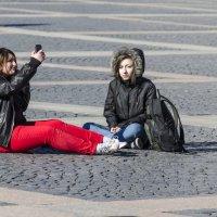 туристы на Дворцовой :: ник. петрович земцов