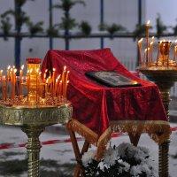 В храме :: Artem72 Ilin