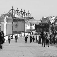 На Патриаршем мосту :: Юлия Левикова