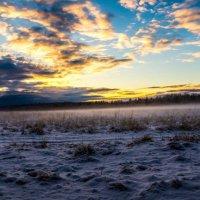 Закат в поле :: Ирина Лебедева