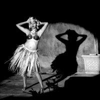 Танец чаморрской девушки :: Sofia Rakitskaia