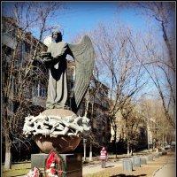 Памятник Ангел - Хранитель город Люберцы :: Ольга Кривых