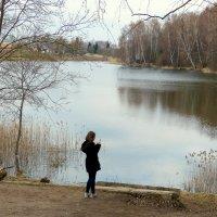 У озера. :: Игорь