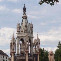 Monument Brunswick - Geneva :: Sasha Berg
