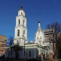 Церковь Троицы Живоначальной на Шаболовке :: Александр Качалин