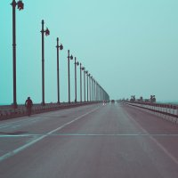 на мосту :: Татьяна Исаева-Каштанова
