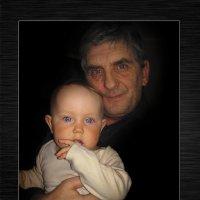 Дед и внучка :: Анатолий Михайлович