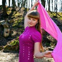 Девушка в розовом :: Elena Vershinina
