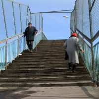 Вверх по лестнице... :: Валентина Береснева