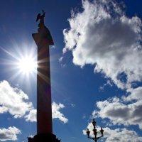 Александрийский столб на Дворцовой площади :: Александр Тырлов