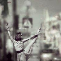 Танцоры среди нас :: Александр Луговой