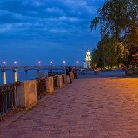 Прогулка по вечернему городу :: Denis Aksenov