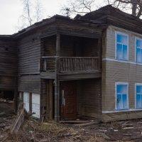 Старый дом :: ВИТ АЛИЙ