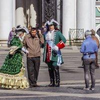 На Дворцовой площади... :: Александр Дроздов