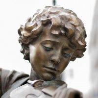 Плачущий ангел :: Денис Львов