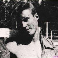 Автопортрет 1991 года (г .Горький ) :: Андрей Куприянов