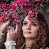 Весны вдыхая аромат... :: Елена Каспар