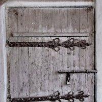 Спасопреображенский монастырь (деревянная дверь). :: Sergey Serebrykov