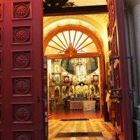 Богослужение окончено. :: Александра Старых