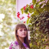 девушка в цветах :: Ольга Петушкова