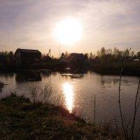 Садится солнце на покой :: Наталья Лакомова