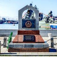 Памятник морякам-подводникам всех поколений :: Александр Морозов