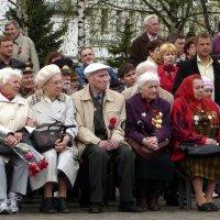 На митинге  в честь дня Победы! :: Владимир Шошин
