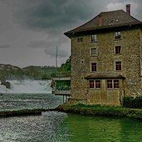 гостиница у водопада :: Александр Корчемный