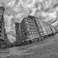 Тучки над городом... :: АндрЭо ПапандрЭо
