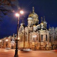 Подворье Киево-Печерской лавры ночью :: Вячеслав Губочкин