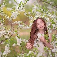 Весенняя фея :: Irina Таболина