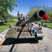Играют мальчики в войну :: Игорь Чубаров