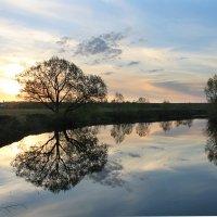 Закат над речкой :: Эркин Ташматов