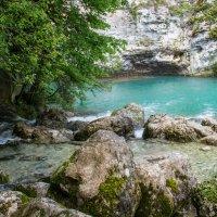 Голубое озеро. Абхазия :: IS_Irin .