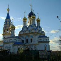 """Новая церковь в поселке """"Рублево"""" :: Юлия Саблина"""