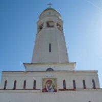 Храм в монастыре :: Дмитрий