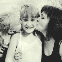 kisses :: Olga Knyazeva