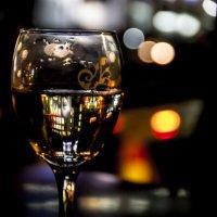 Бокал белого египетского вина :: Юрий Боченков