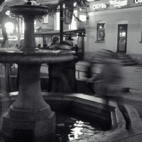 у фонтана :: sv.kaschuk