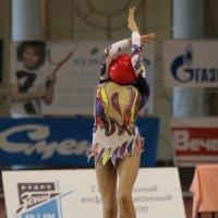 От любви к гимнастике можно и голову потерять :: Вячеслав