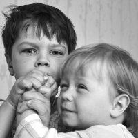...крепкая братская дружба... :: Ольга Нарышкова