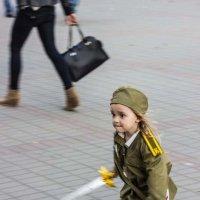 Санитар бежит на помощь. :: G Nagaeva