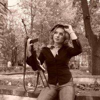 Девушка с оружием. :: Руслан Грицунь