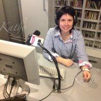 Хочу работать на радио... Директором...:) :: Kathy Bespalova