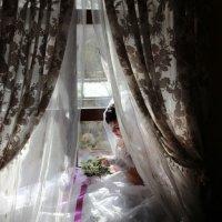 У окна 2 :: Дмитрий Томин